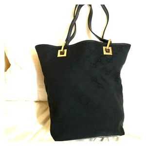 9517344692d3 Women Vintage Gucci Bags on Poshmark